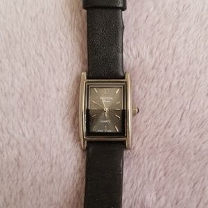 Geneva black leather watch